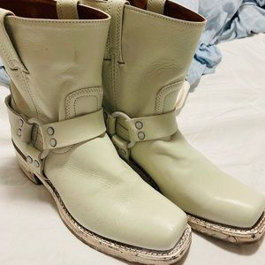 Brand new White Frye harness boots